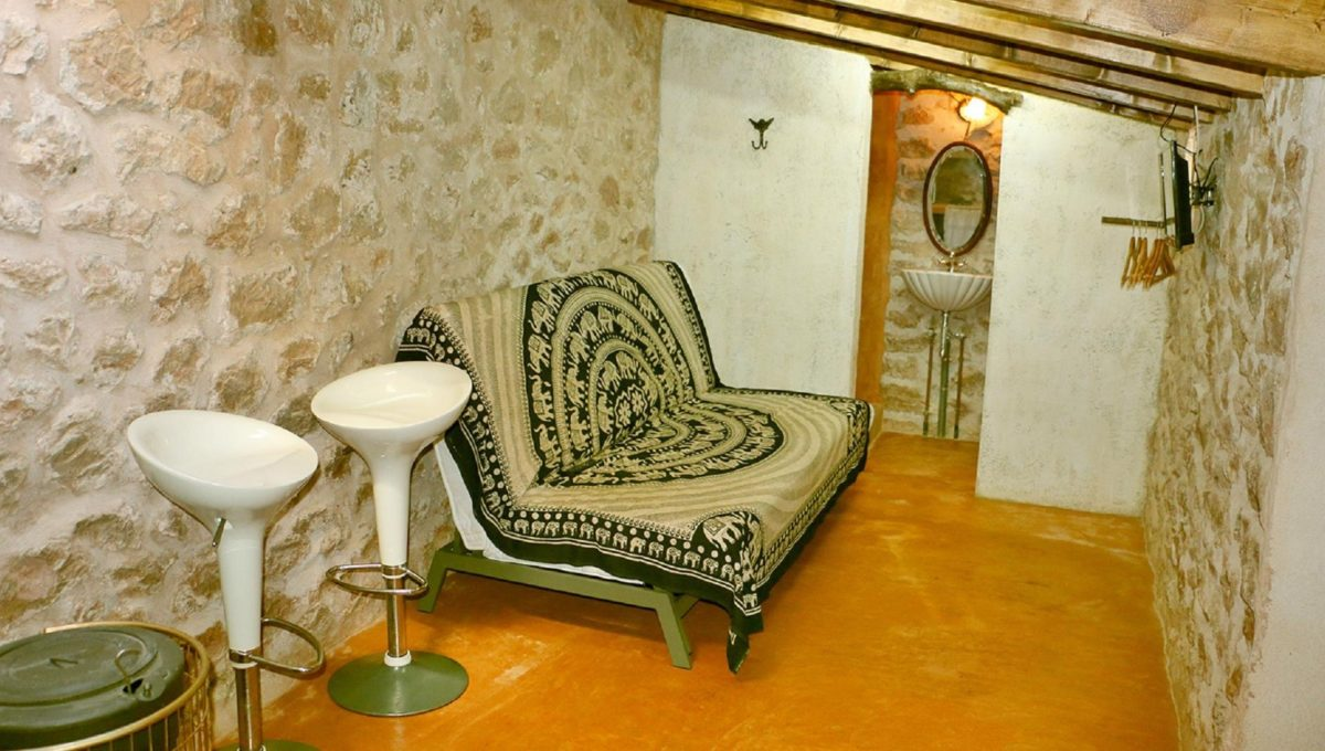 salon-alquiler-rstica-es-lladoner-1525453098