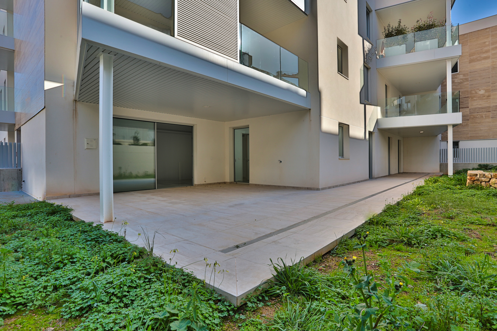 Ground floor apartment with own garden in Palma