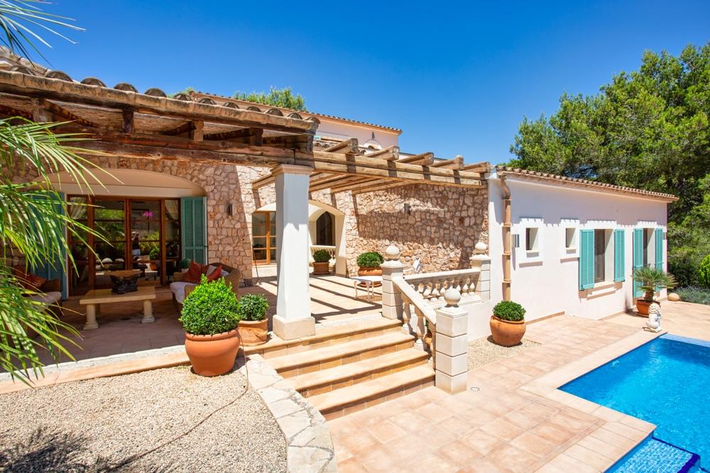 Villa de estilo mediterráneo en Santa Ponsa