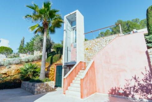 Front_line_Villa_in_Sol_de_Mallorca_02