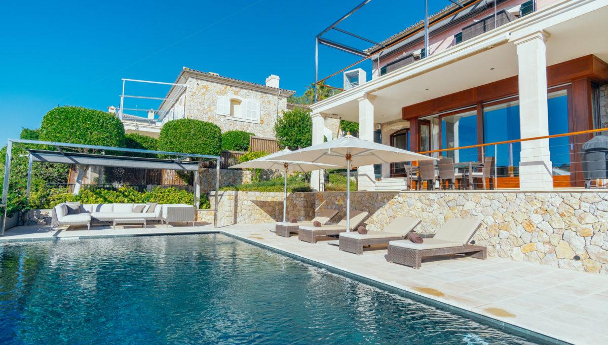 Front_line_Villa_in_Sol_de_Mallorca_20